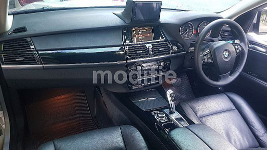 BMW X5 - Black Piano Interior