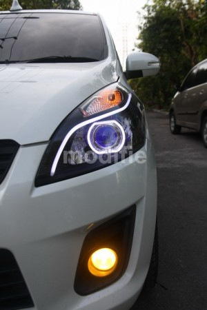 Suzuki Ertiga - Custom Headlights